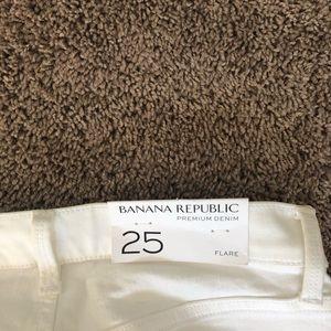 Banana Republic Jeans - White Banana Republic Flare Jeans Size 25